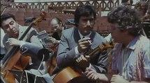Il merlo maschio (1972), Lando Buzzanca - L'orchestra