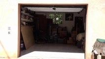 Porte de garage sectionnelle plafond posée par APG Accès Portes de Garage