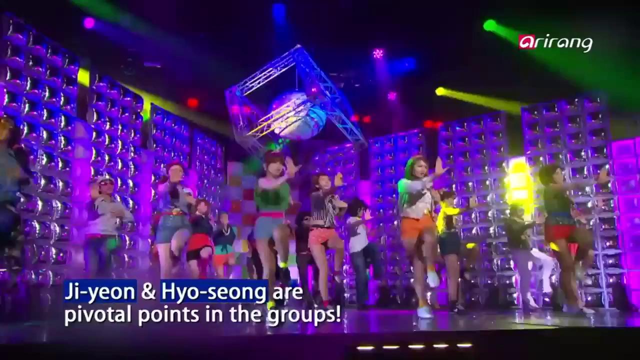 Showbiz Korea – JUN HYO-SEONG VS JI-YEON 전효성 VS 지연