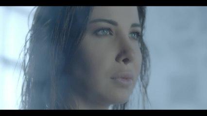 Nancy Ajram - Moush Far'a Ktir Official Video مش فارقة كتير