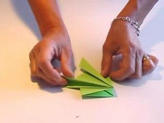 Grenouille sauteuse en papier étape 1