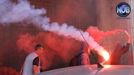 #10ott Uova contro sede Ministero Lavoro - Napoli