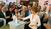 Présidentielle en Syrie : le couple Al-Assad vote à Damas
