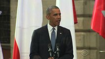 Obama warns Russia to expect further sanctions