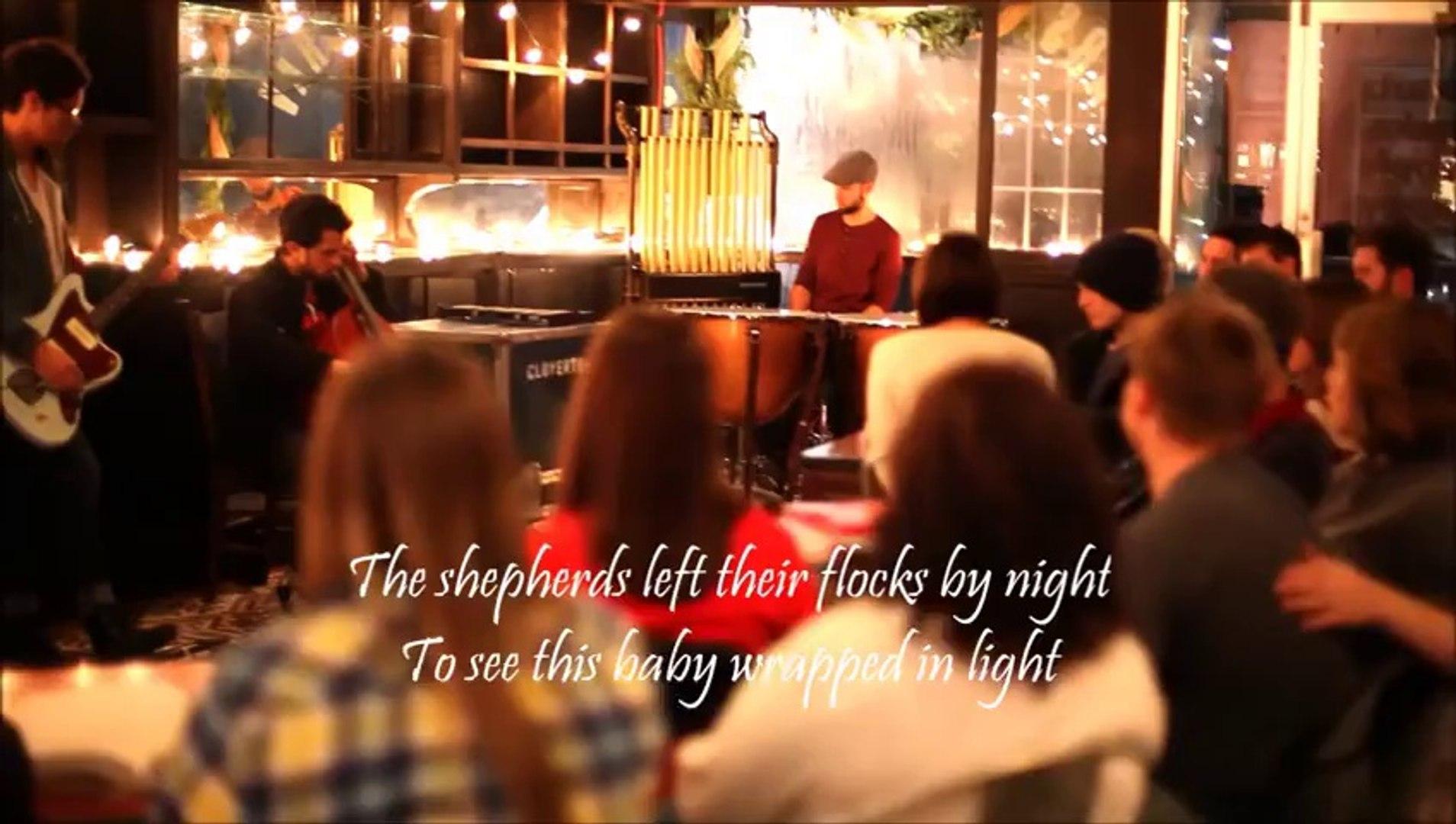 Hallelujah Christmas Lyrics.A Hallelujah Christmas Cloverton Music Video With Lyrics