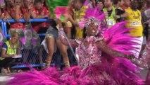 Cathy Guetta : 'Jamais je n'aurais pensé défiler le jour du Carnaval de Rio' - [EXTRAIT]