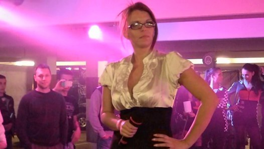 sexy Aische Pervers - video dailymotion