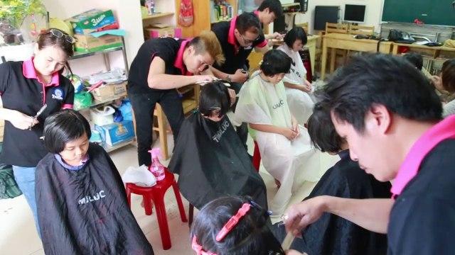 Khóa dạy cắt tóc thực hành tại Mái Ấm Bình Minh