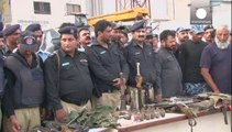 Après une nuit de combats, les autorités ont repris l'aéroport de Karachi