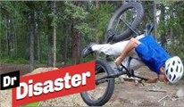 Un spectateur vole un vélo et chute violemment / Dr Disaster