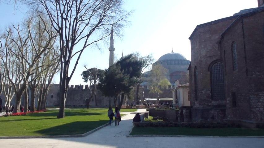 Jardin de Topkapi et appel à la prière