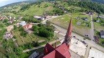 Biserica romano-catolică din Cacica (filmare aeriană)