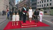 Espagne: le nouveau roi Felipe VI passe en revue les troupes