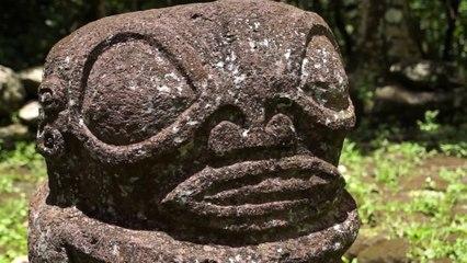 Décollage immédiat/ Tiki et temples des îles Marquises