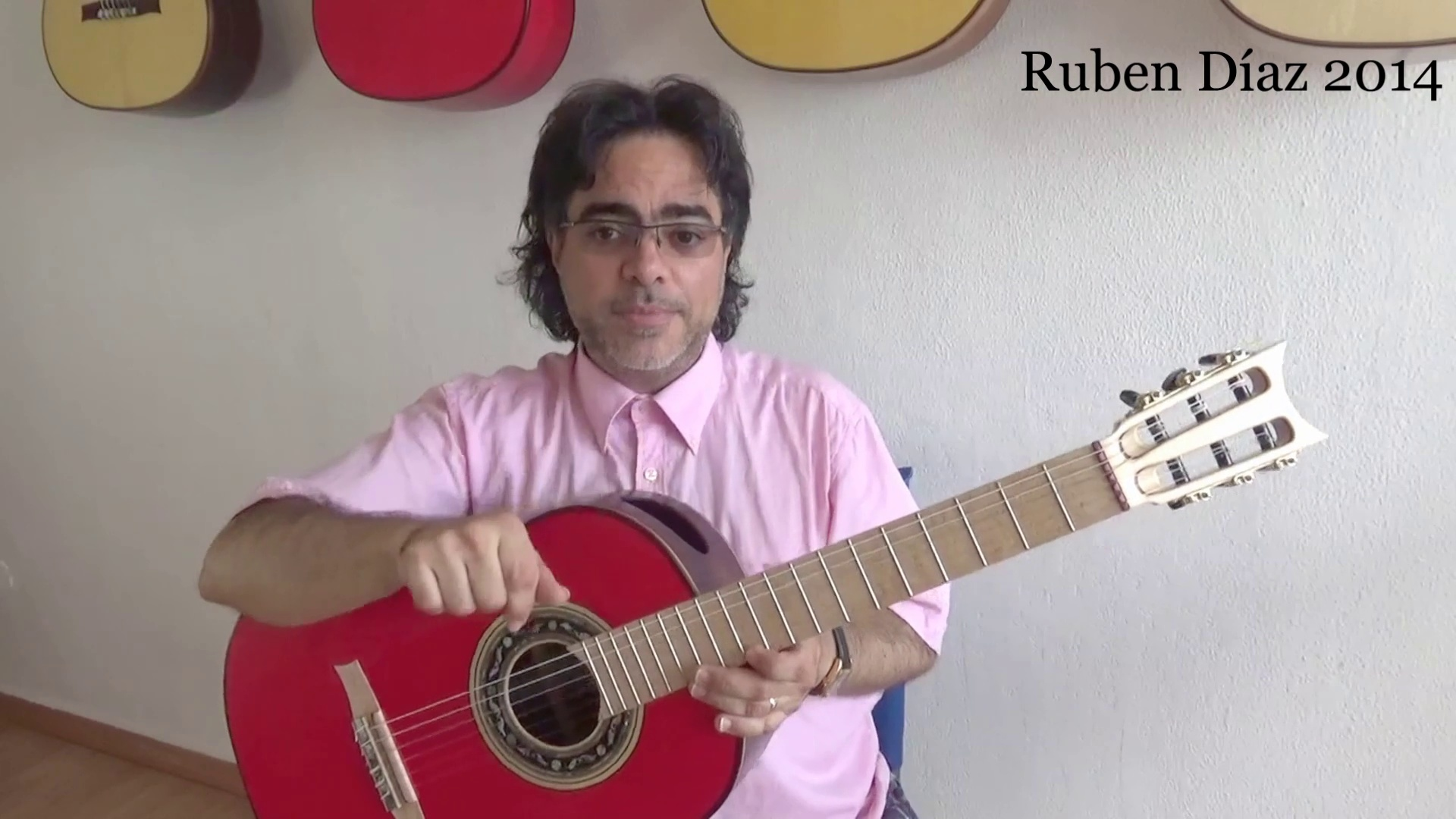 Dont Loosen Strings for Long Airplane Travel & Replace Them One at a Time / Ruben Diaz Tips Guitar