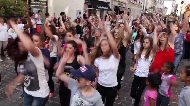 Michael Jackson- Fontainebleau Flashmob Happy