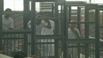 Sept à dix ans de prison pour trois journalistes d'Al Jazeera