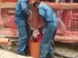 Technique roumaine pour descendre dans un tuyau