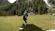 In caduta libera sopra al Monte Bianco