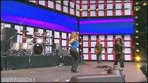 Shakira Shaking Dance HD