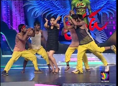 Jabardast Rashmi Performance on ent ento aypothondo mama