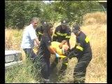 Τροχαίο με εγκλωβισμένο τραυματία στη Θήβα