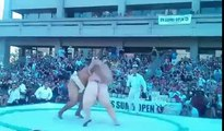 Sumo Wrestler Gets Body Slammed - Sumo Wrestlers