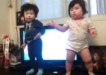 Check Out These Adorable Babies Show Some Dancing Skills