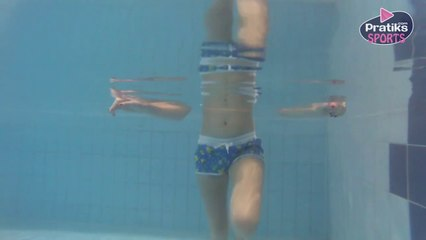 Aquagym - Comment tonifier ses cuisses grâce aux coups de pieds fouettés