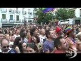 Conchita Wurst regina del Gay Pride a Madrid. La drag queen barbuta paladina dei diritti degli omosessuali