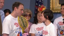 Hot dog eating champions square up in New York