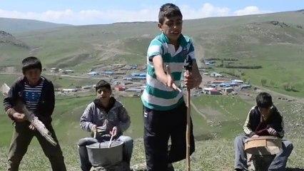 Şahane Amatör Klip - Eşşeği Saldım Çayıra