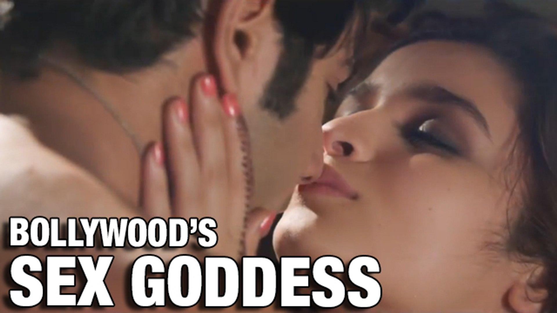 Alia Bhatt SEX GODDESS Of Bollywood - CHECKOUT