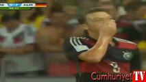 Gol kaçıran Mesut Özil'den Türkçe küfür