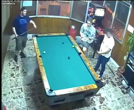 Unbelive shots and luck in Snooker Game - Watch it