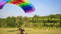 Clip de présentation pour les collectivités des baptêmes de l'air en ULM paramoteur paraplane Skydancer 582  par Air Sol Images. Découvrez la vallée du Lot vue du ciel, entre Cahors et Saint Cirq Lapopie.