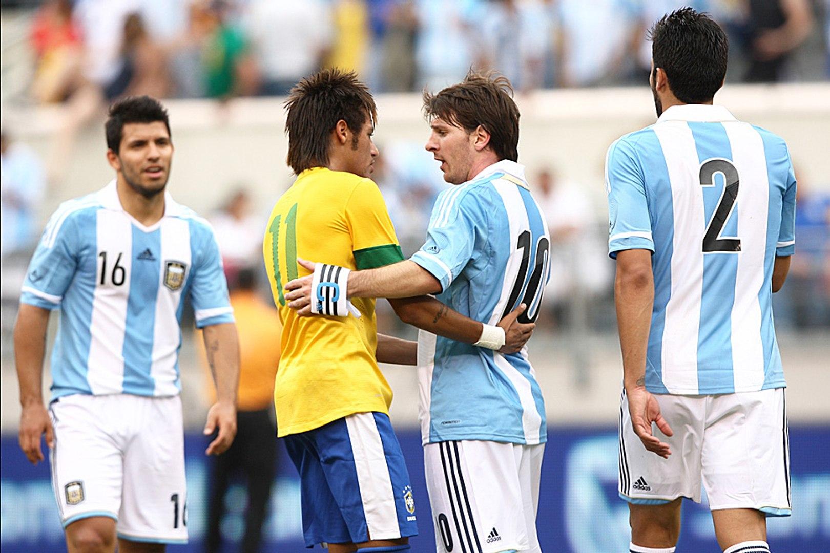 Por parceiros do Barça, Neymar vira Argentina na final da Copa