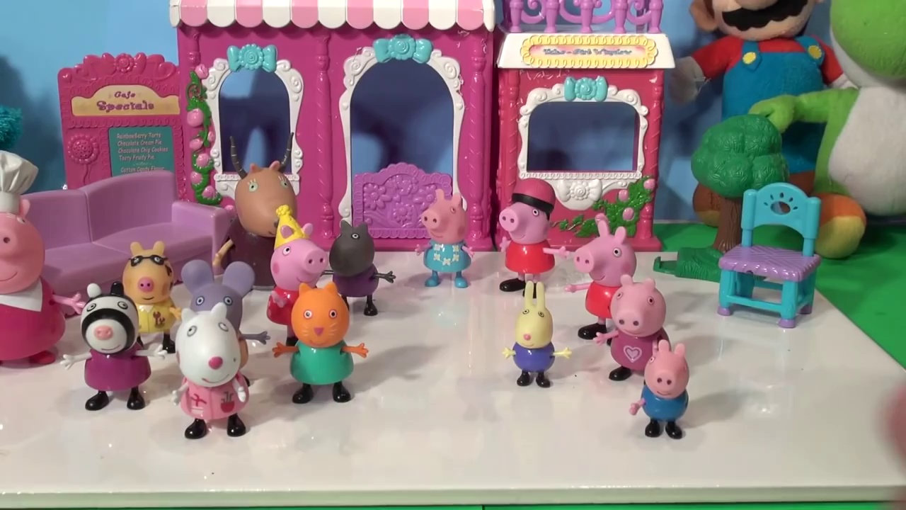 Peppa Pigs Surprise Bag, 15 Pigs shipped from the UK to the USA