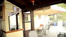 _DSC1226 Kastoria GR, hirondelle rustique au restaurant CLIP