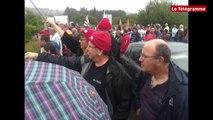 Guerlesquin (29). Tilly-Sabco : 300 manifestants bloquent la RN12
