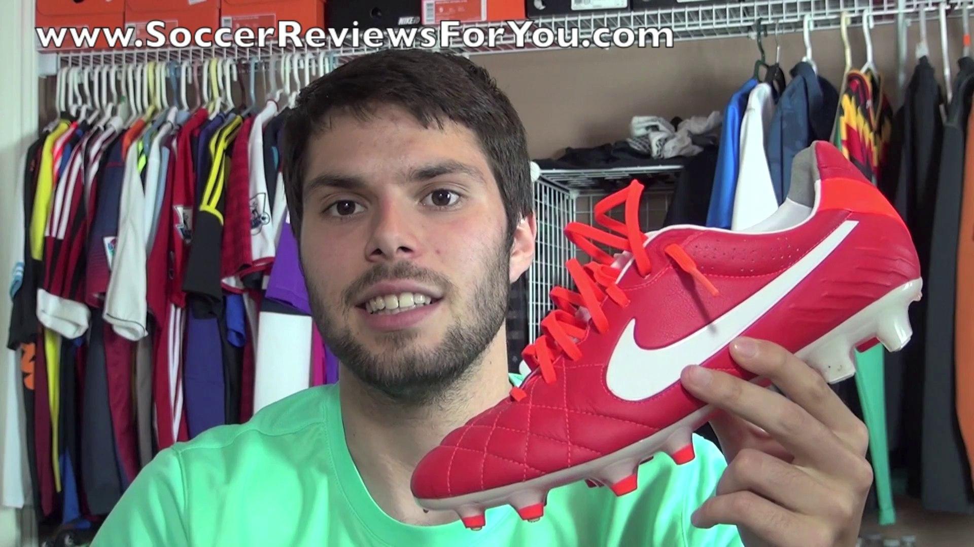 Assoluto penitenza strada  Nike Premier VS Nike Tiempo Legend 4 IV - Comaprison Review - video  dailymotion