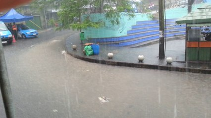TÉMOINS BFMTV : Innondations à Rio de Janeiro