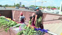 Flags fly at half mast as Moscow marks day of mourning