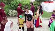 Dinan. Fête des remparts : les costumes qui donnent le sésame