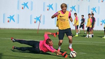 Training session 22-7 (afternoon) por fcbarcelona - Vídeos de Adriano del F.C. Barcelona