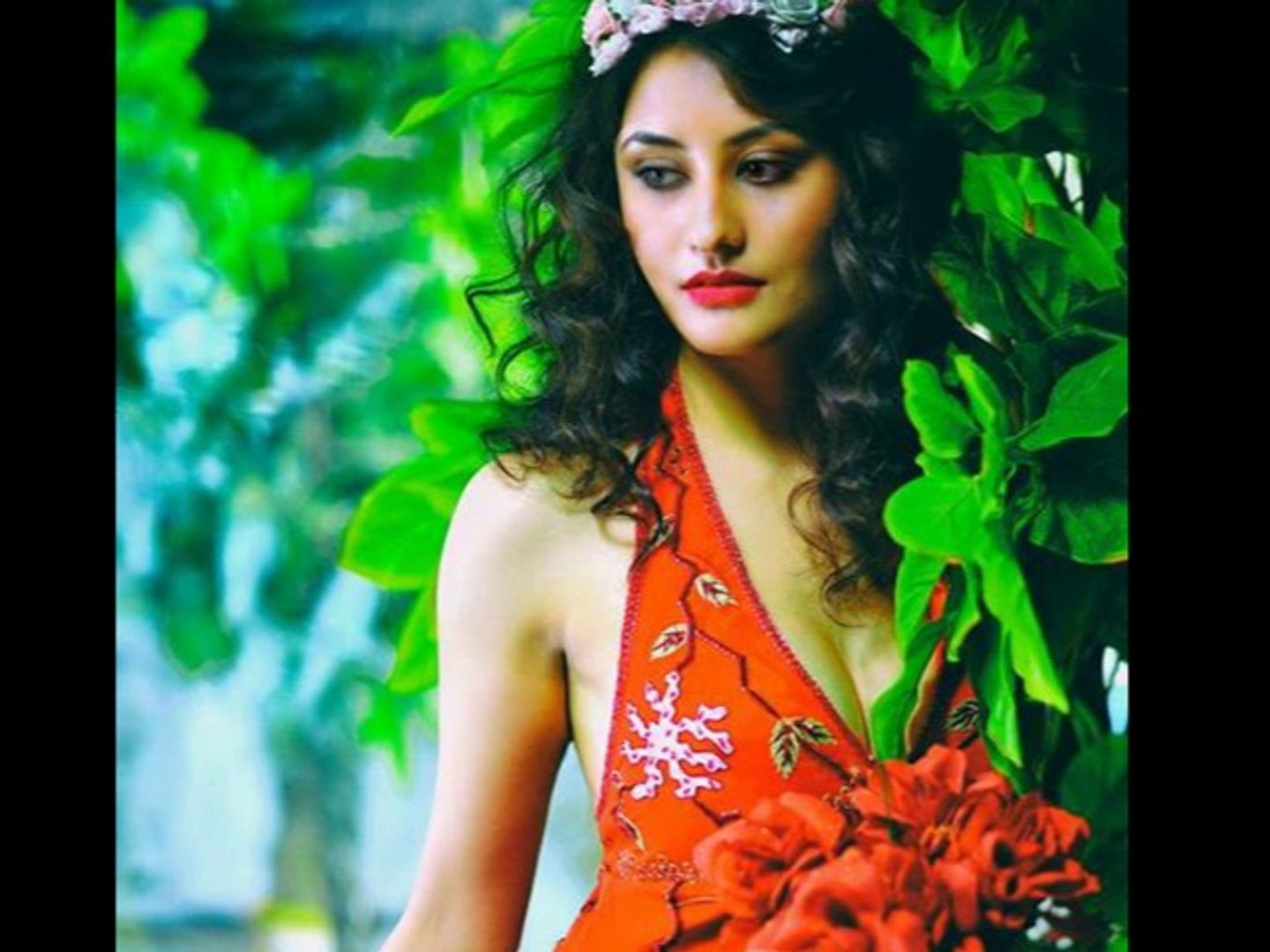 Anastasia Dumitrescu miss isha singh from india as contestant in miss world peace & humanity  pageant 2014