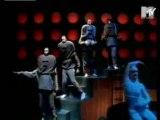 CLIP-Daft Punk - Around the World