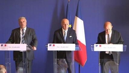 Conférence de presse conjointe de L. Fabius, F. Cuvillier et J.-Y. Le Drian (25/07/2014)