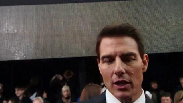 Tom Cruise Talks Gadgets