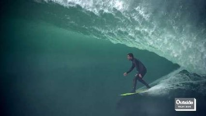 Storm Surfers: How To Ride a Barrel